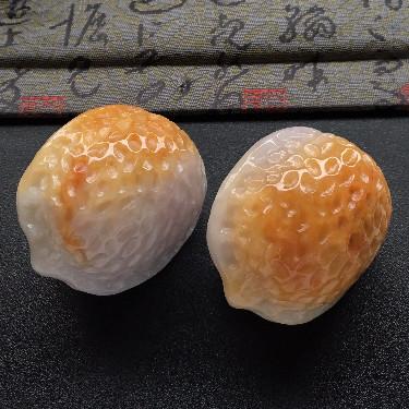 細糯種黃翡核桃手玩件