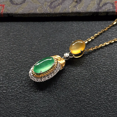 冰种翠色/黄翡镶白金钻石胸坠(金链)