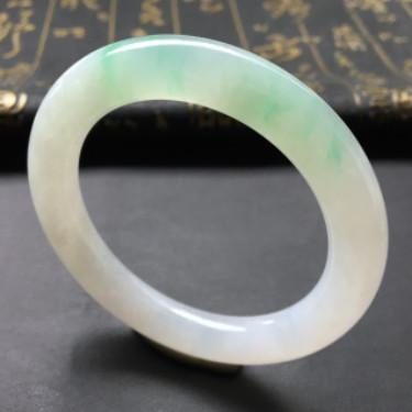 糯冰种飘绿花圆条手镯(50.6mm)