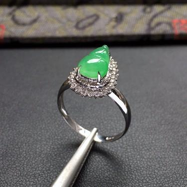 冰种翠色镶白金钻石葫芦戒指