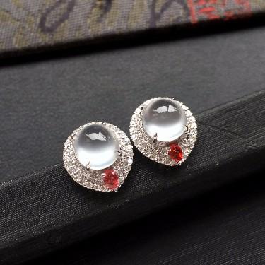 (超值推荐)冰玻种起光无色镶白金钻石耳钉一对