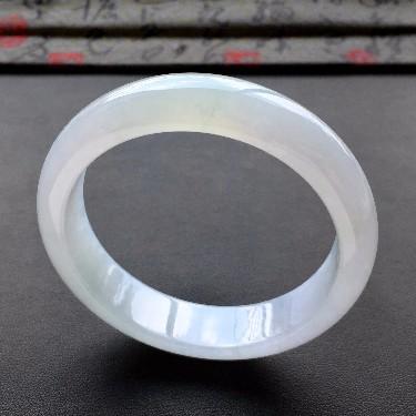 (超值推荐)糯冰种淡紫底手镯(57.6mm)