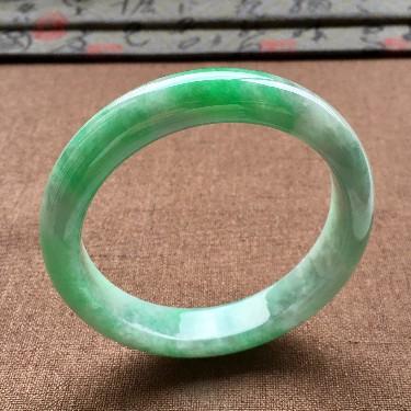 (超值推荐)细糯种飘翠手镯(57.5mm)