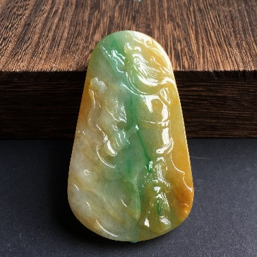 (超值推荐)糯冰种黄加绿关公挂件