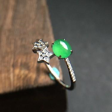 (超值推荐)冰种翠色镶白金钻石戒指