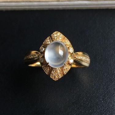 镶18K玫瑰金钻石冰种蛋面戒指