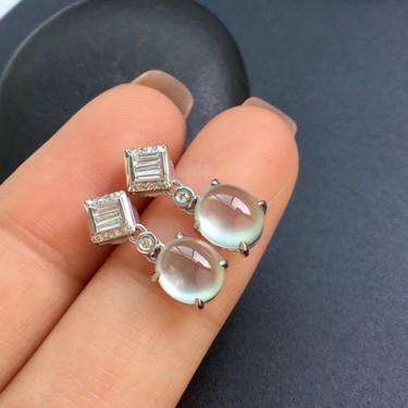 冰种白冰镶白金钻石耳钉翡翠