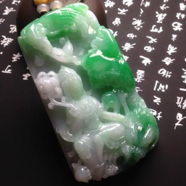 糯冰种飘绿观音挂件翡翠