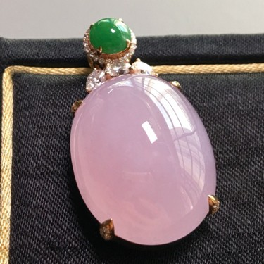 冰种紫罗兰镶玫瑰金钻石胸坠翡翠
