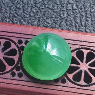 翡翠糯冰种淡绿蛋面镶嵌件