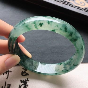 翡翠糯冰种飘花正圈手镯57mm