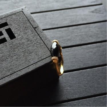 镶黄18K金钻石365娱乐app手机版下载墨翠戒指