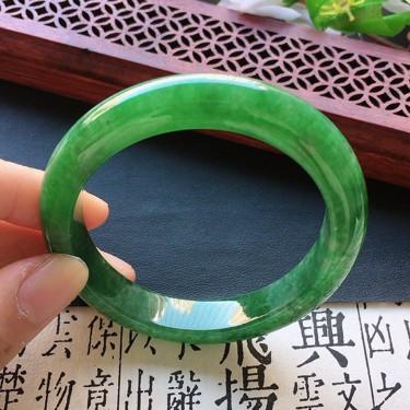 翡翠細糯種滿綠貴妃手鐲55mm