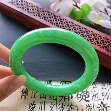 翡翠細糯種滿綠圓條手鐲56mm