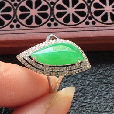 翡翠16圈口18k金伴钻镶嵌细糯种满绿猫眼戒指