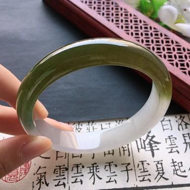 翡翠細糯種黃翡正圈手鐲60mm