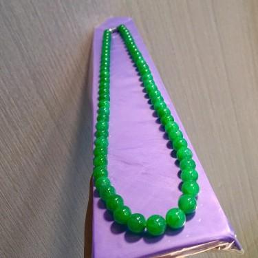 糯冰种满绿项链翡翠