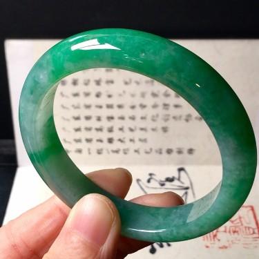 糯冰种豆色手镯(54.6mm)翡翠