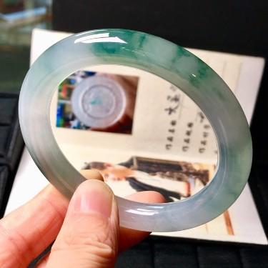 糯冰种飘花圆条手镯(54.5mm)翡翠