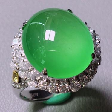 冰玻种绿晴水镶白金钻石戒指翡翠