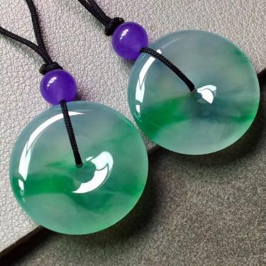 冰種飄陽綠平安扣掛件一對翡翠