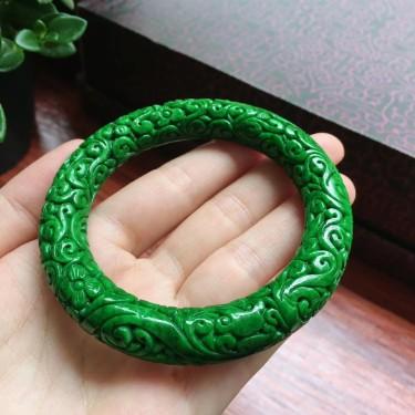 细糯种满绿雕花圆条手镯