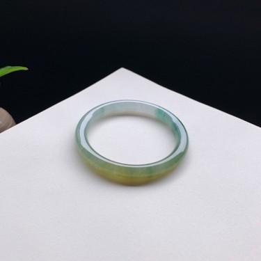 冰糯种黄翡飘花圆条手镯56mm