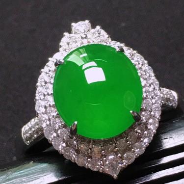 冰玻种满绿镶白金钻石戒指和胸坠两用款翡翠