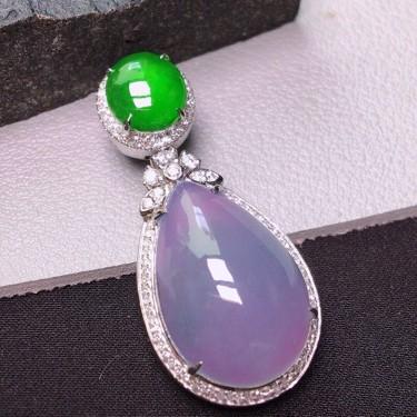 冰种紫罗兰镶白金钻石胸坠翡翠