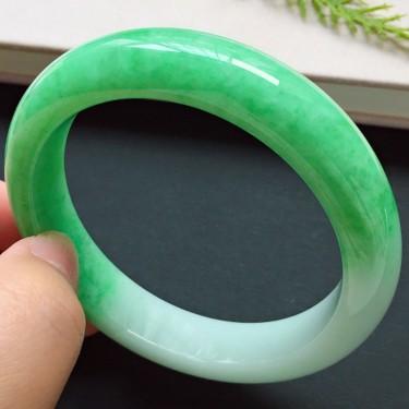 正圈55.2mm,細糯種陽綠手鐲