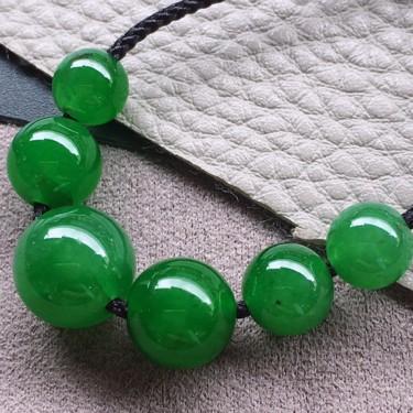 冰种满绿珠子(6颗)项链/手链面翡翠