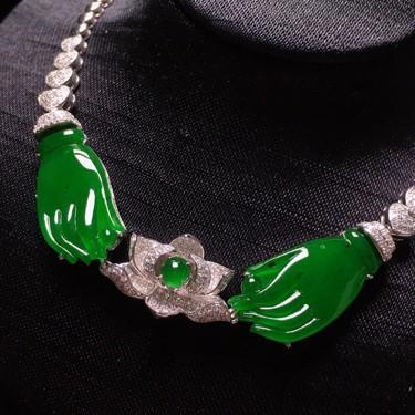 冰种满绿镶白金钻石掌上明珠锁骨链翡翠