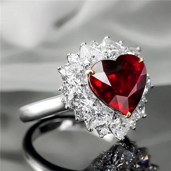 18K极品红宝石戒指