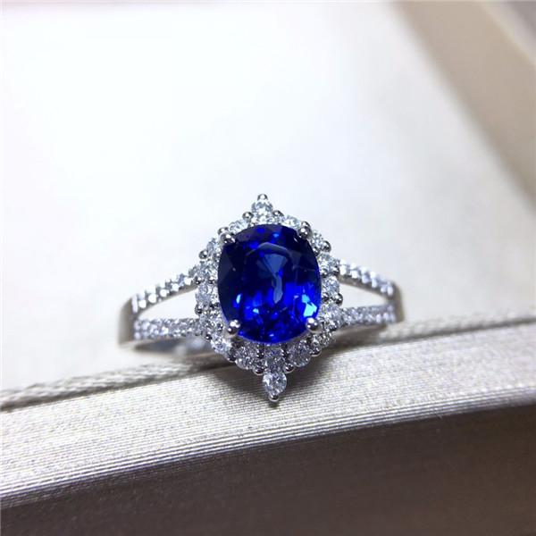 18K镶天然皇家蓝蓝宝石戒指