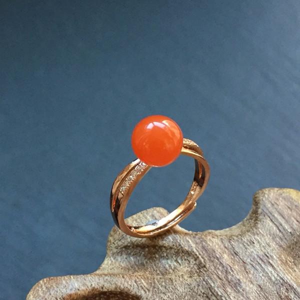 南红樱桃红镶银秋月戒指