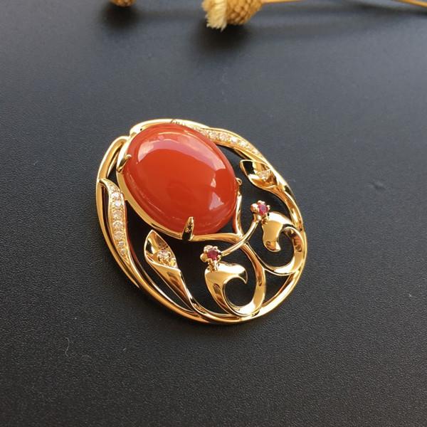 【宝玉石级】南红樱桃红镶黄18K金花烛红妆胸坠