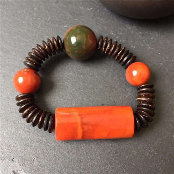 【宝玉石级】南红柿子红桶珠手串