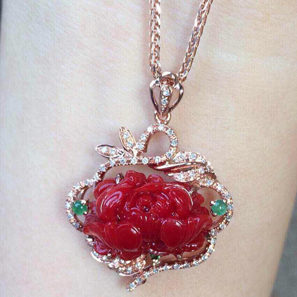 红珊瑚项链