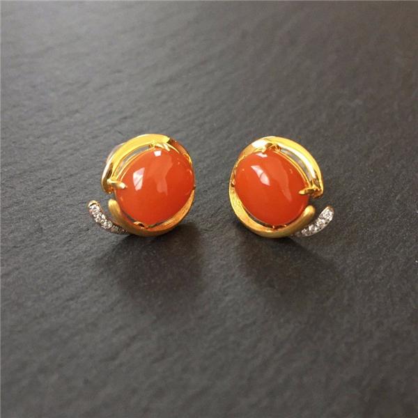 【宝玉石级】南红樱桃红镶黄18K金钻石耳钉