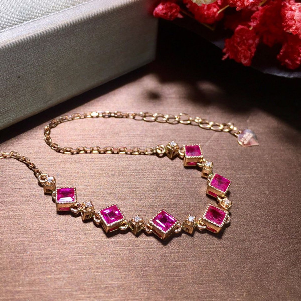 18K金镶天然红宝石手链