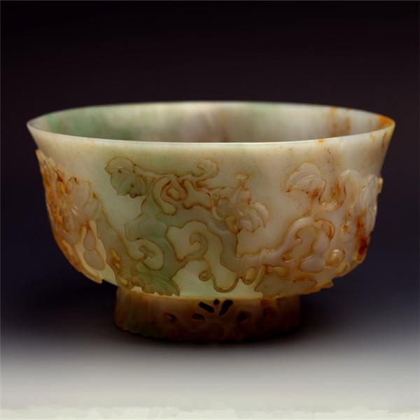 高浮雕玉碗