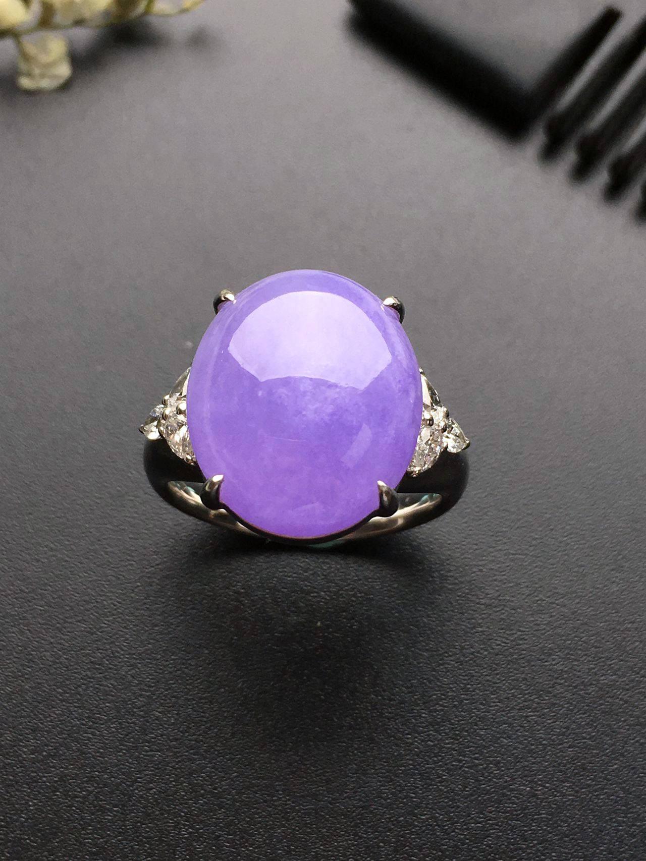 暖女爱不释手的紫罗兰翡翠
